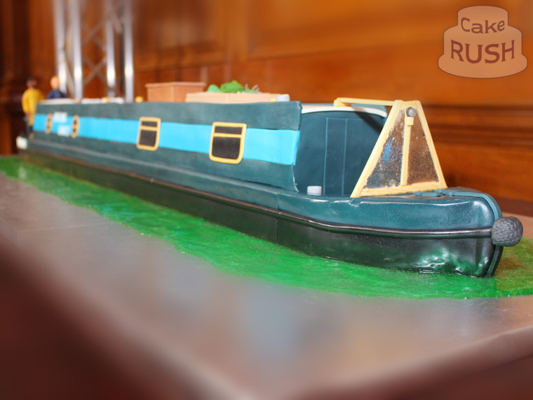 Narrowboat Wedding cake